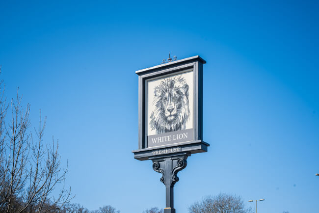 The White Lion in Yateley